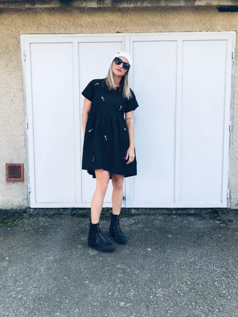 "Šaty černé ""popellino"""