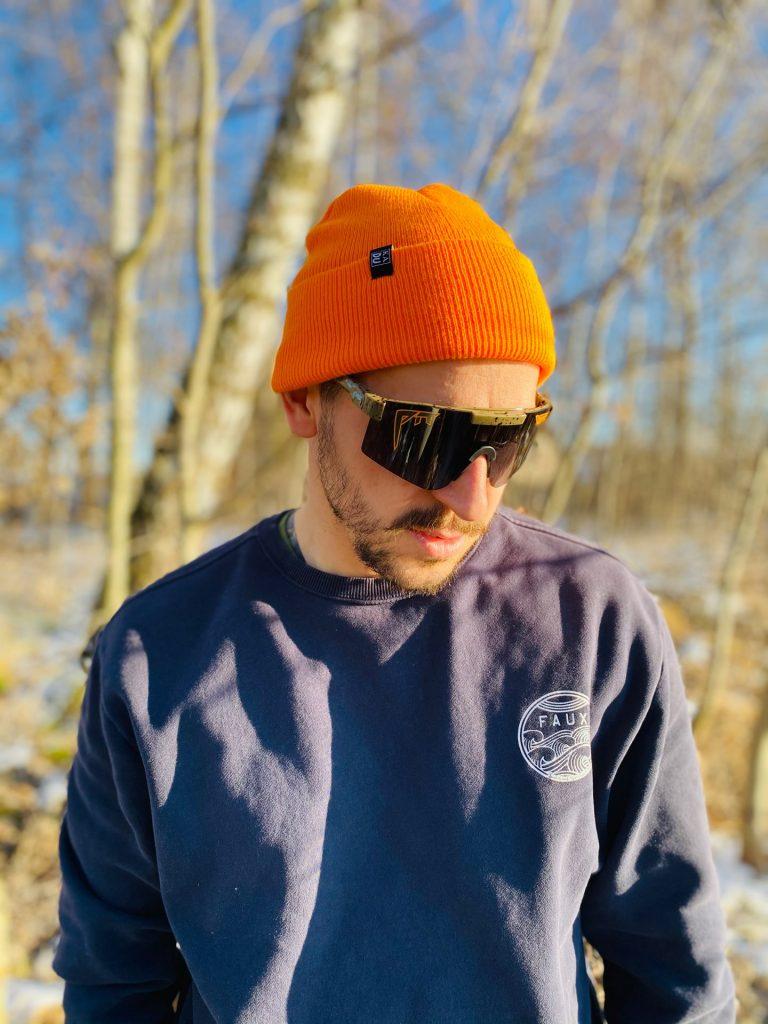 Čepice oranžová